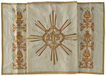 """Velo-Omerale """"Gerico"""" Maranatha Lab in tessuto fresco lana con ricamo floreale in oro e simbolo """"JHs"""""""