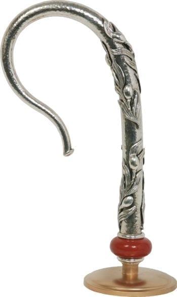 """Pastorale """"Ulivo"""" Maranatha Lab in ottone martellato decorato con rami di ulivo, impreziosito da un diaspro"""