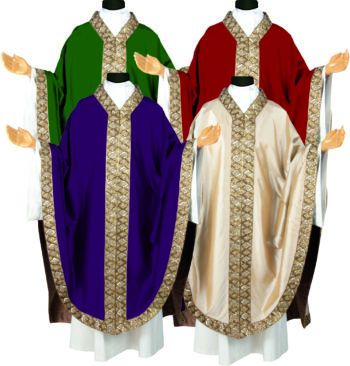 """Casula solenne """"Balaustra"""" in pura seta dal taglio gotico con bordo collo e stolone dai ricami orientali a perline"""