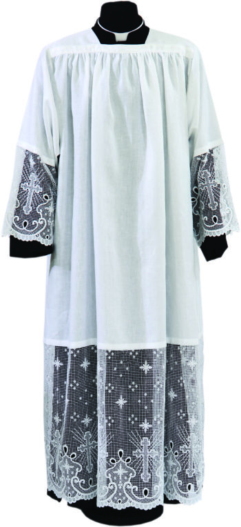 """Camice """"Immacolata"""" Maranatha Lab in tessuto puro lino con pizzo macramè applicato per 50 cm di altezza"""