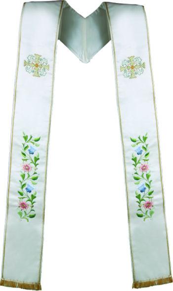 "Stola ""Mistero"" Maranatha Lab in tessuto misto seta ricamata a mano da simboli cruciformi e motivi floreali."