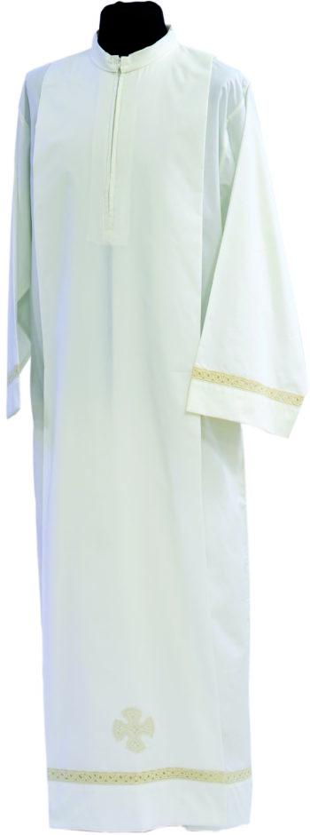 """Camice """"Cosenza"""" Maranatha Lab in tessuto misto cotone, decorato con pizzo rinascimentale e ricamo cruciforme."""