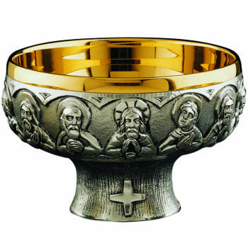 Cenacle plate in silver-plated brass casting and golden cup interior with a minimal design and decorated with the scene of the Last Supper