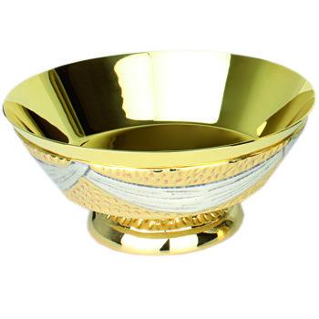 """Piatto """"Nicea"""" Maranatha Lab stile moderno realizzato in ottone bicolore martellato e cesellato"""
