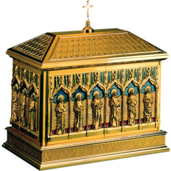 Gothic tabernacle in polished golden brass, finely embossed and hand-chiseled with a figude of the Apostles and cloisonné fire enameled background